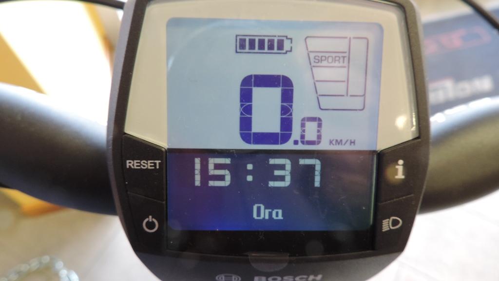 orologio sul computer di bordo intuvia bosch