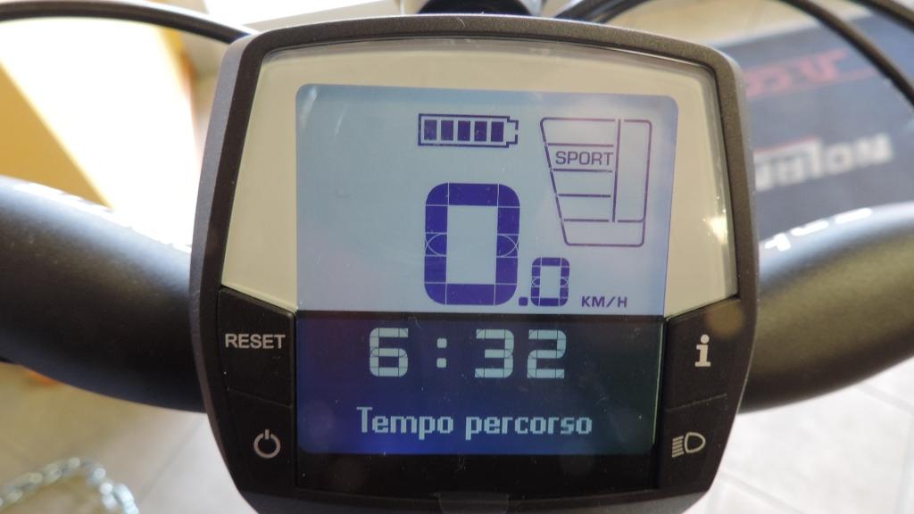 visualizzazione del tempo che si rimane in sella sullo schermo di Intuvia Bosch