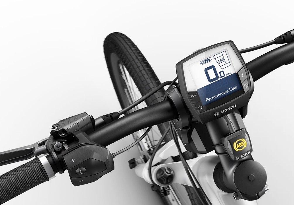 set completo di display e comando remoto su bici motorizzata Bosch (ingrandisci)