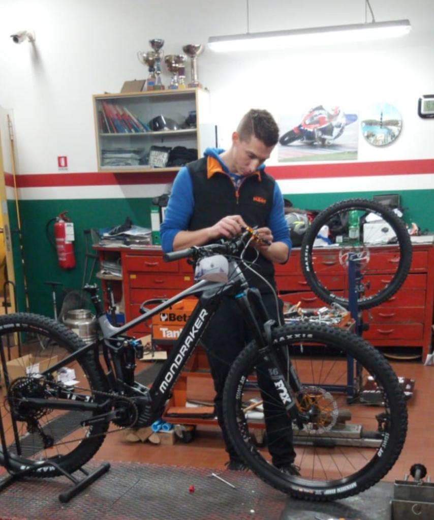 Luc colleoni e bike al lavoro
